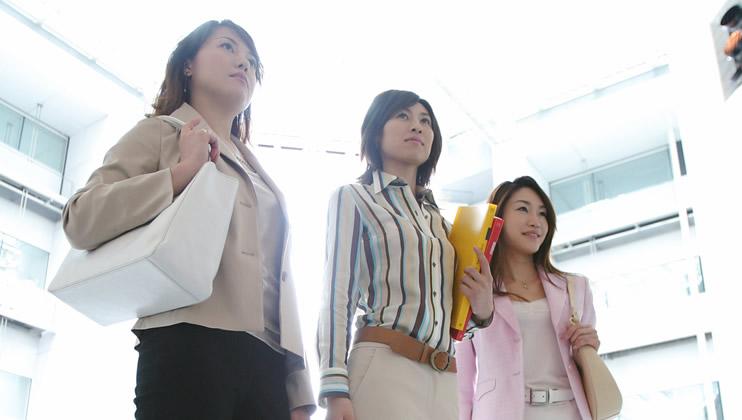 キャリア女性が転職する際の注意点とは?結婚との両立は?